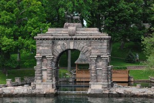 The arch at Boldt Castle